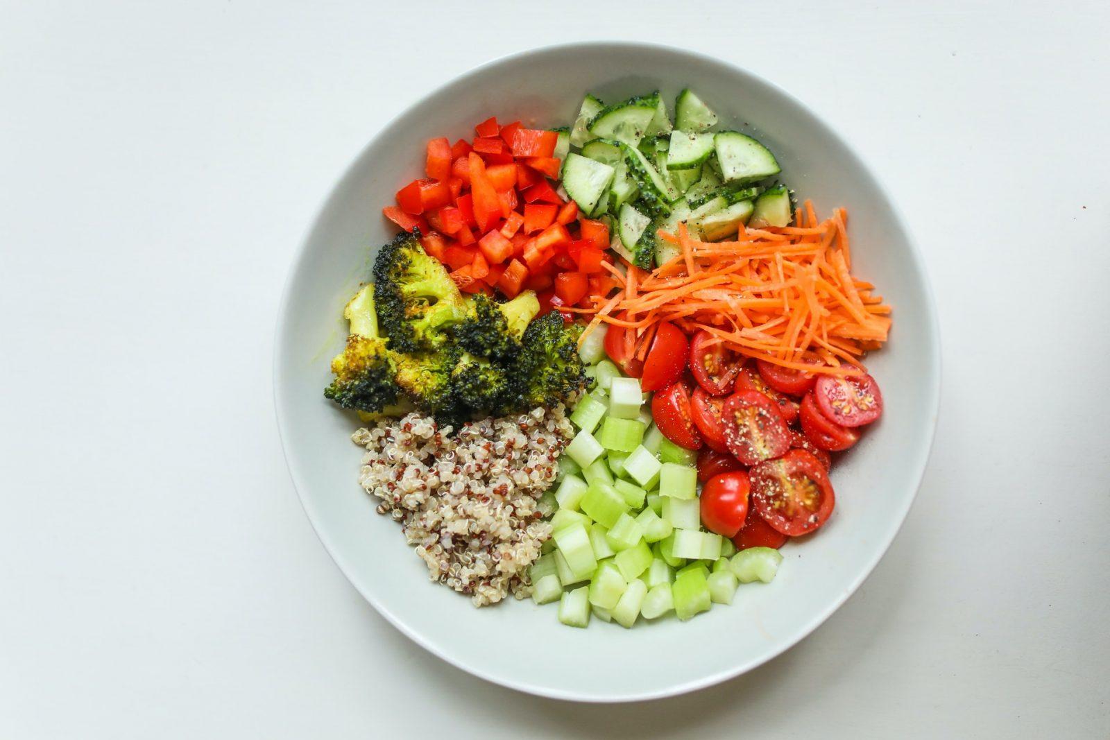 5 Makanan Yang Menyehatkan Jantung Agar Panjang Umur